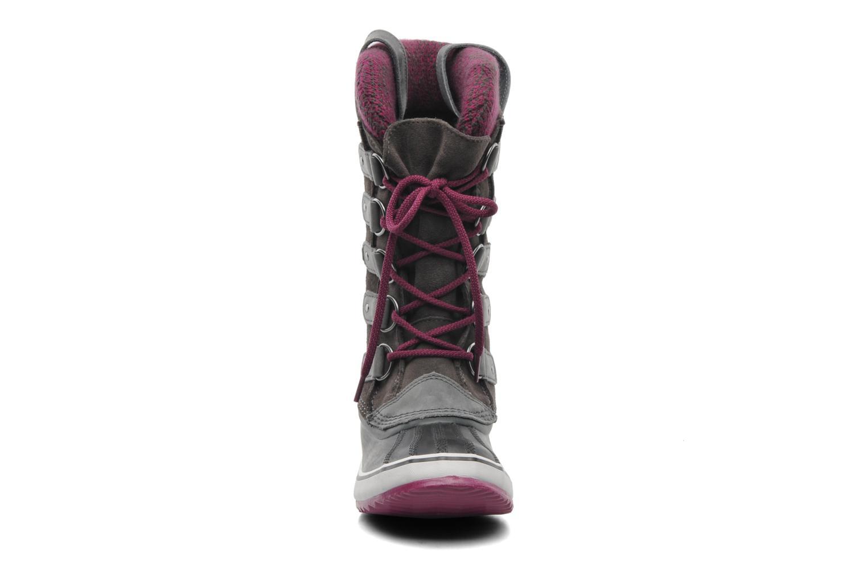 Chaussures de sport Sorel Joan Of Arctic Knit Gris vue portées chaussures
