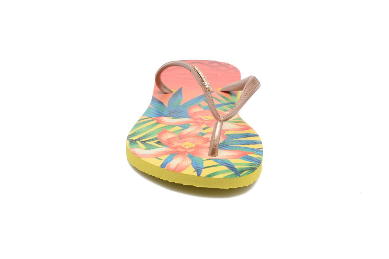 Tongs Havaianas Slim Tropical Jaune vue portées chaussures
