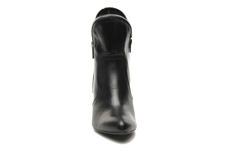 Bottines et boots Bronx Leelou Ter Noir vue portées chaussures