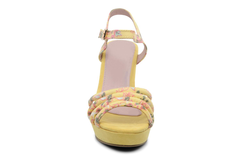 Sandalen Refresh Renda gelb schuhe getragen