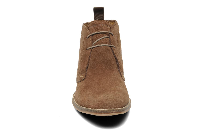 Chaussures à lacets Hush Puppies Style Chukka Marron vue portées chaussures