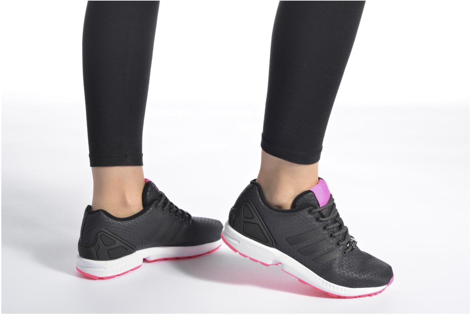 Baskets Adidas Originals Zx Flux W Vert vue bas / vue portée sac