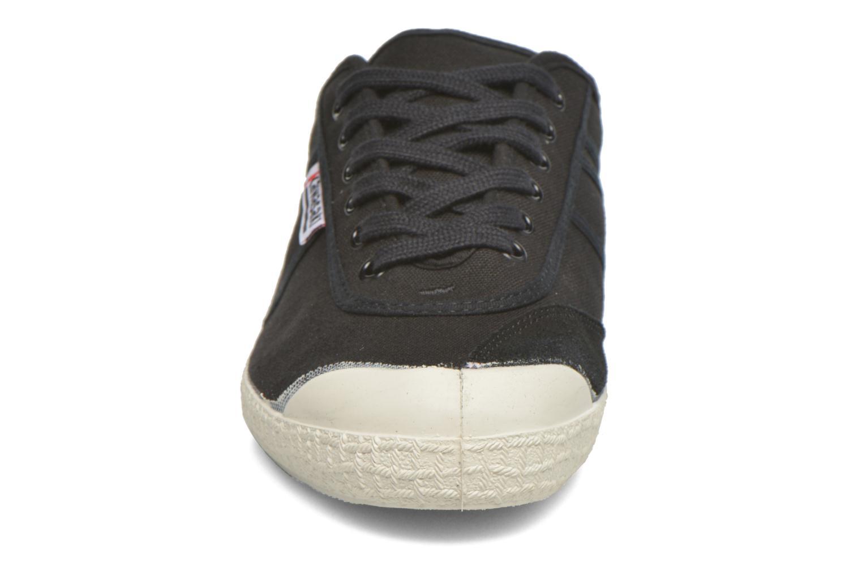 Baskets Kawasaki Basic Noir vue portées chaussures