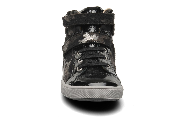 Baskets GBB HERVA Gris vue portées chaussures