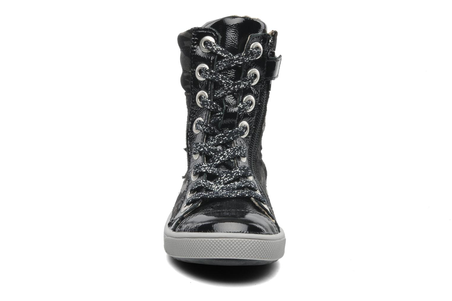 Ankle boots GBB HILARIE Grey model view