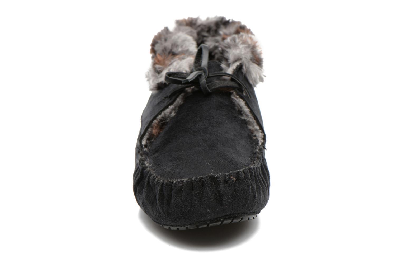 Tofflor Ruby Brown Mocassin leopard collar Svart bild av skorna på