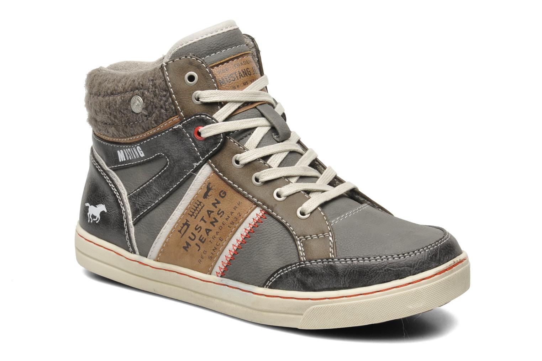 Baskets Mustang shoes Moon Gris vue détail/paire