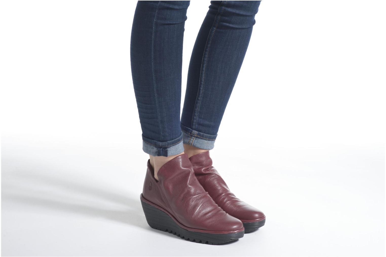 Bottines et boots Fly London Yip Rouge vue bas / vue portée sac