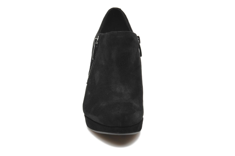 Bottines et boots Clarks Amos Kendra Noir vue portées chaussures