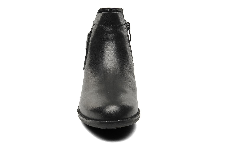 Boots en enkellaarsjes Clarks Mint Jam GTX Zwart model