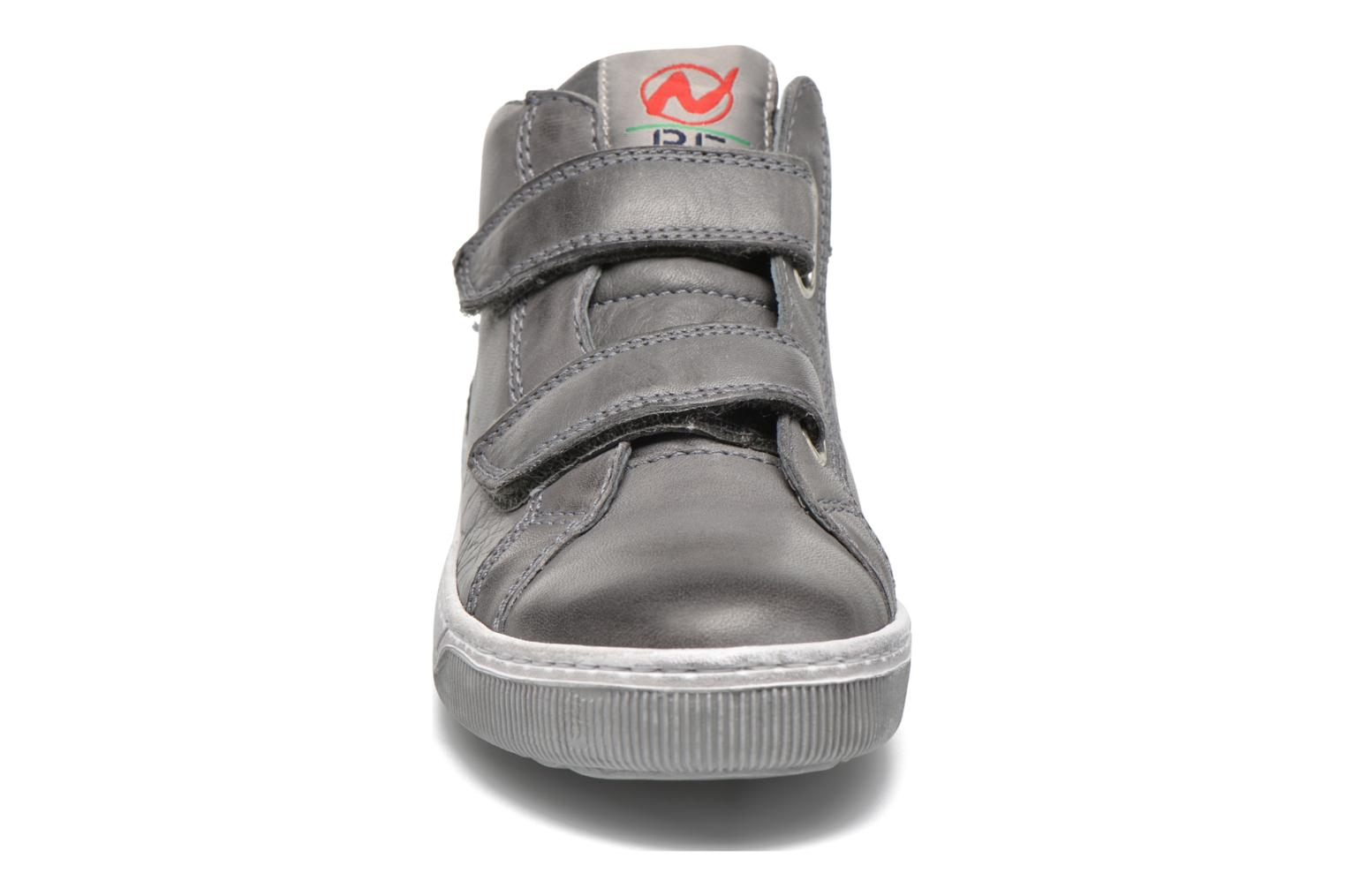 Trainers Naturino Play VL Grey model view