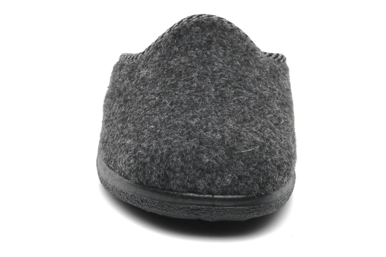 Hausschuhe Rondinaud Gabillou grau schuhe getragen