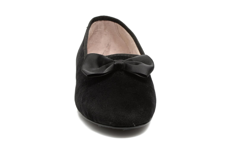 Pantuflas Rondinaud Barberaz Negro vista del modelo