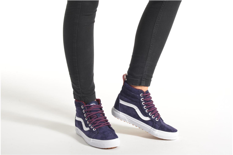 Sneaker Vans SK8-Hi MTE W blau ansicht von unten / tasche getragen