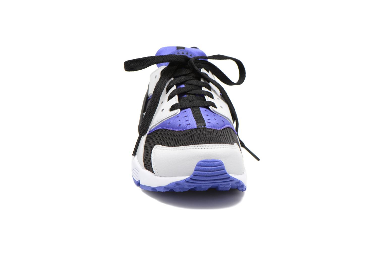 Baskets Nike Nike Air Huarache Violet vue portées chaussures