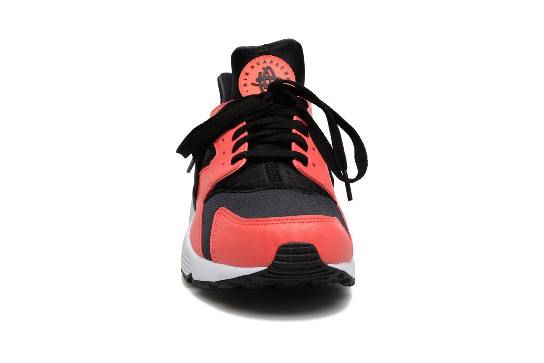 Baskets Nike Nike Air Huarache Orange vue portées chaussures