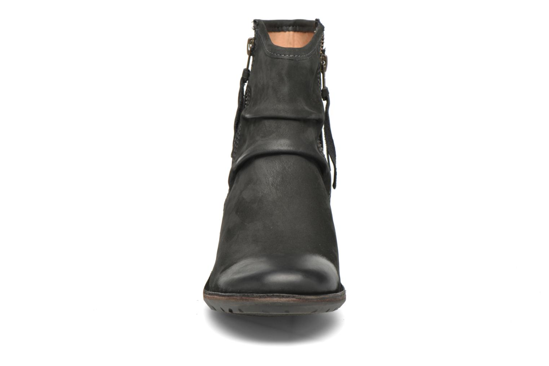 Bottines et boots Kickers Groove Soft Gris vue portées chaussures