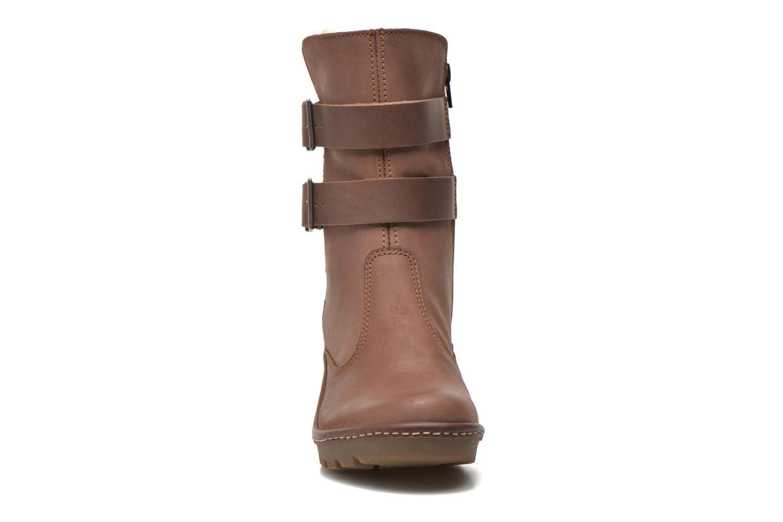 Bottines et boots Art Vitoria 243 Marron vue portées chaussures