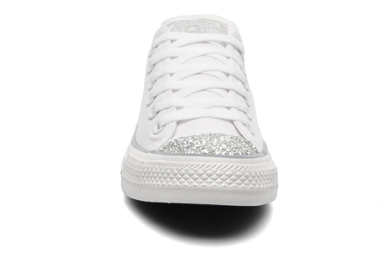 Sneakers Converse Chuck Taylor Toecap Sparkle Ox W Wit model