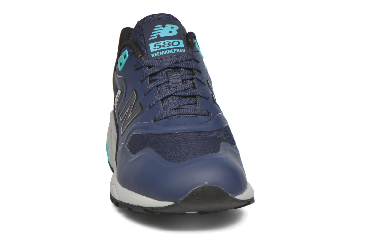 Trainers New Balance MRT580 Blue model view