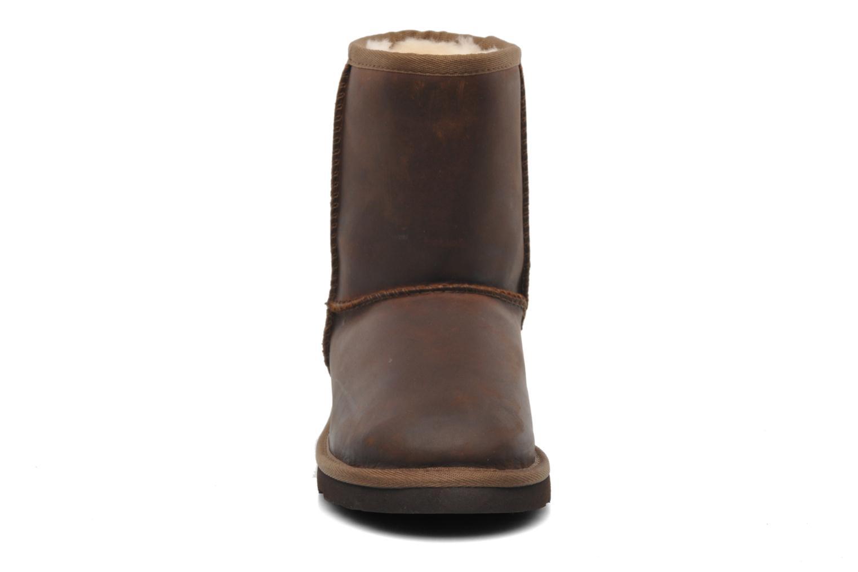 Stiefel UGG K Classic Short Leather braun schuhe getragen