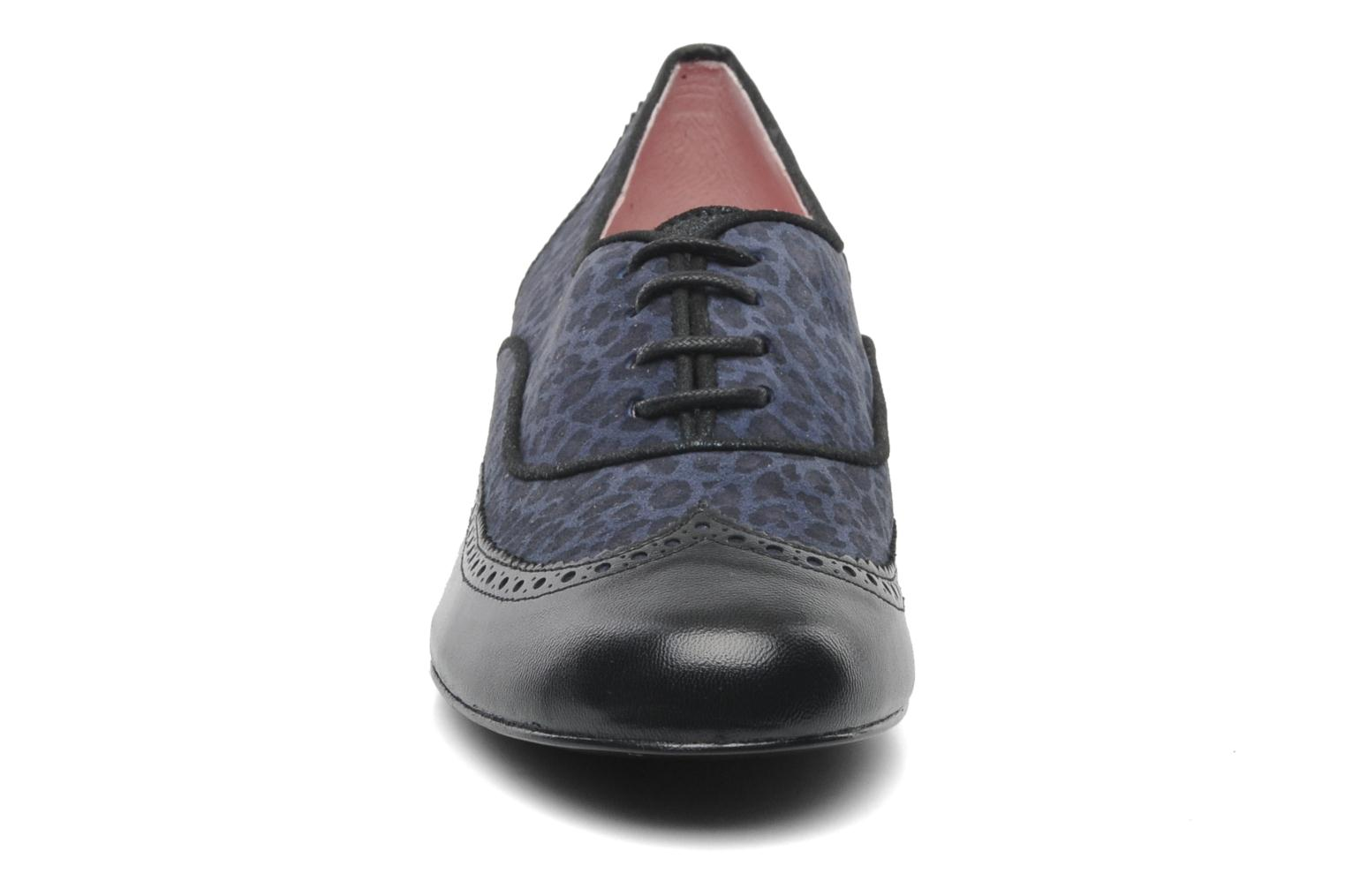 Lace-up shoes Annabel Winship Italiano Black model view