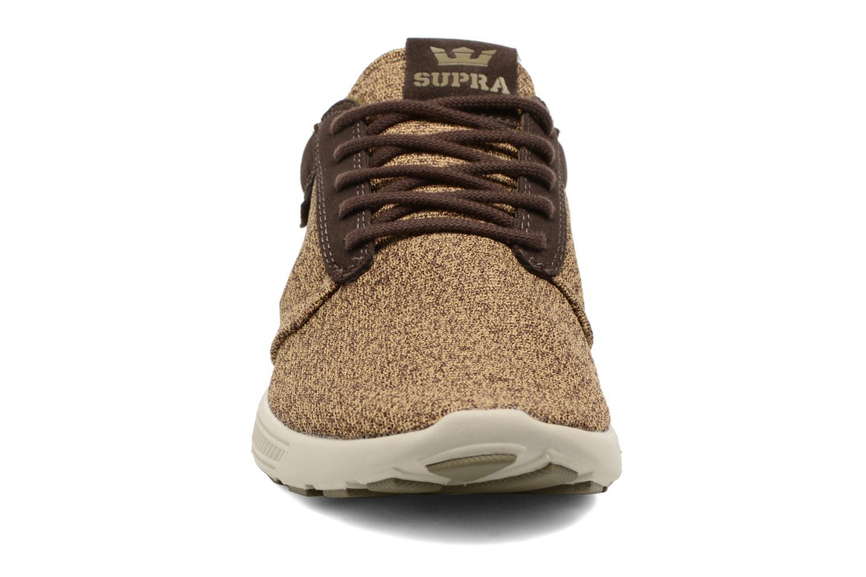 Baskets Supra Hammer Run Beige vue portées chaussures