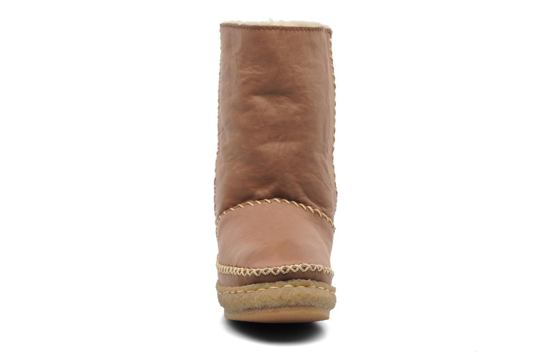 Boots en enkellaarsjes Laidback London Naira Bruin model