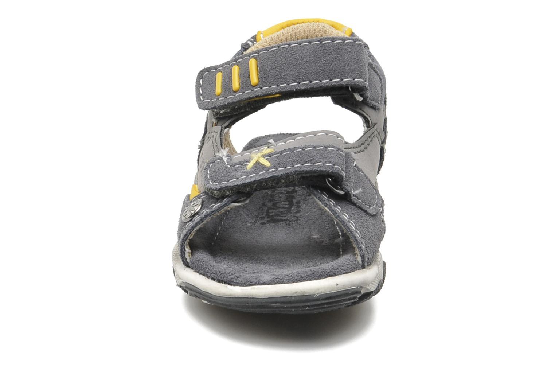 Sandalen Bopy Camoki Kouki grau schuhe getragen