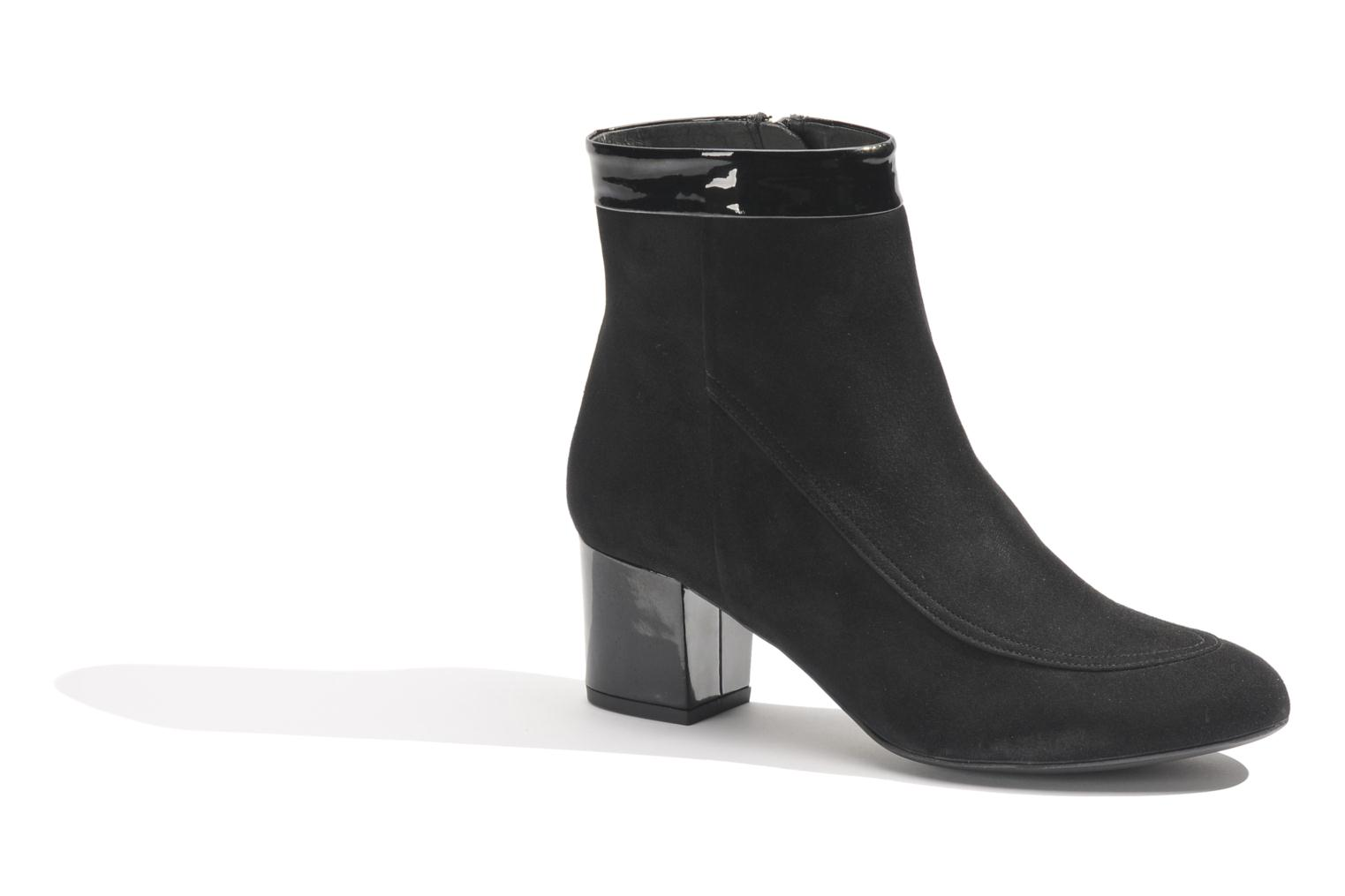 Ankle boots Made by SARENZA Queens Cross #17 Black view from the right