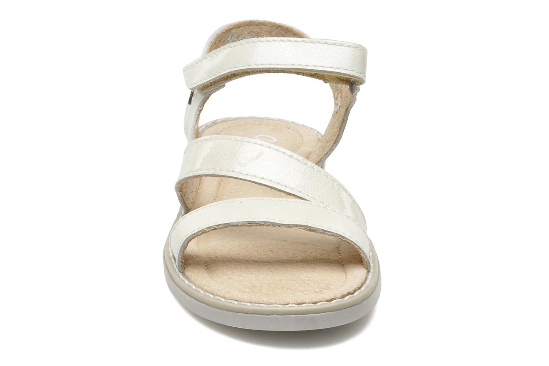 Sandalen Aster Tereza weiß schuhe getragen