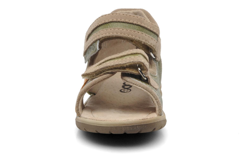 Sandalen Mod8 ILUX grün schuhe getragen