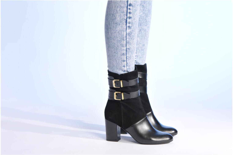 Bottines et boots Made by SARENZA Rue des Dames #6 Noir vue bas / vue portée sac