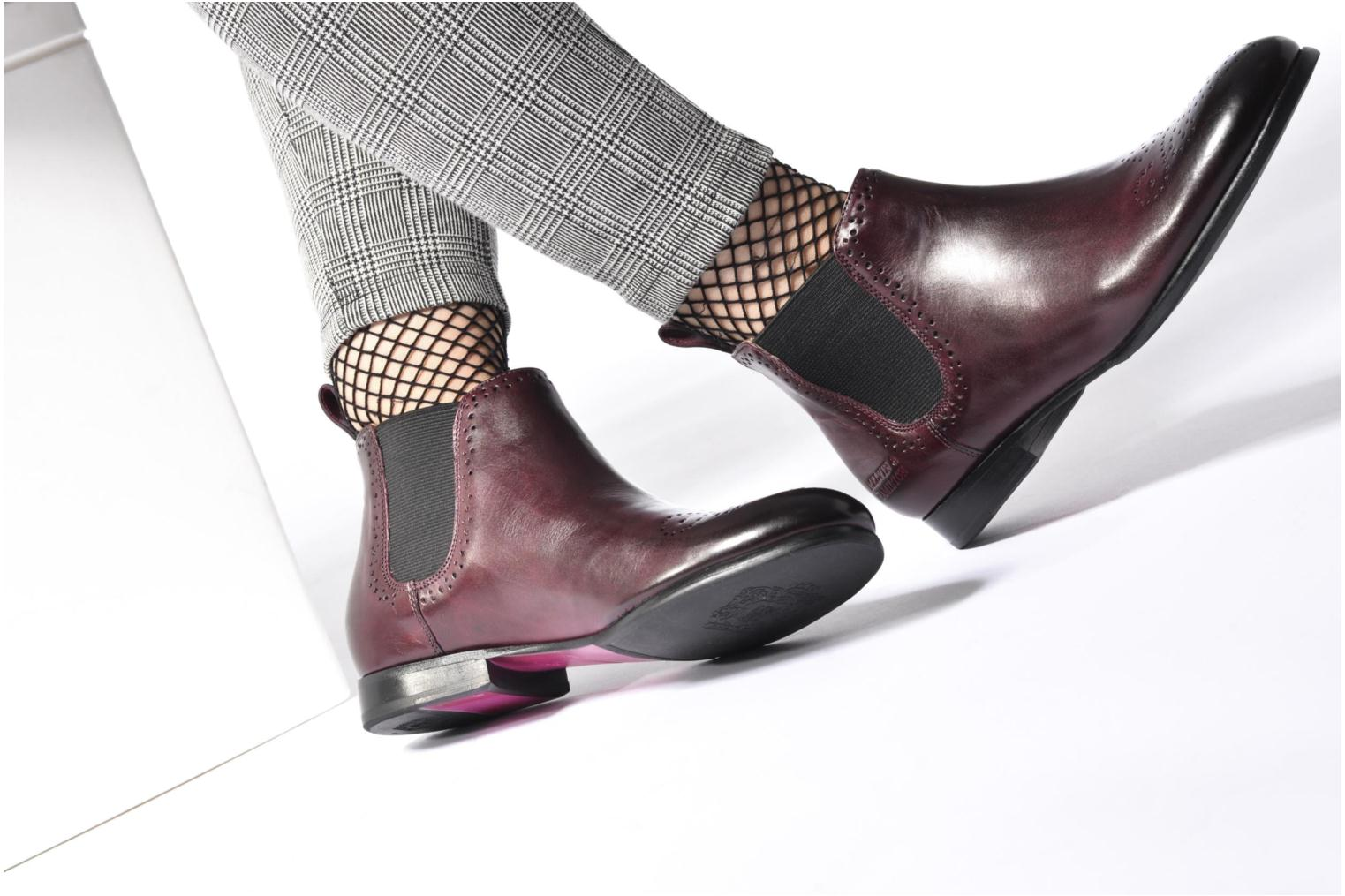 Ankle boots Melvin & Hamilton Sally 16 Brown view from underneath / model view