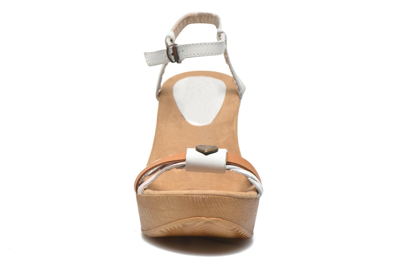 Sandales et nu-pieds Coolway Gissi Multicolore vue portées chaussures