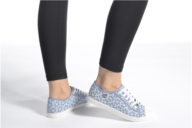 Sneaker Molly Bracken Derby signature blau ansicht von unten / tasche getragen