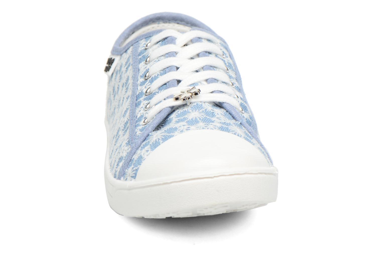 Sneaker Molly Bracken Derby signature blau schuhe getragen