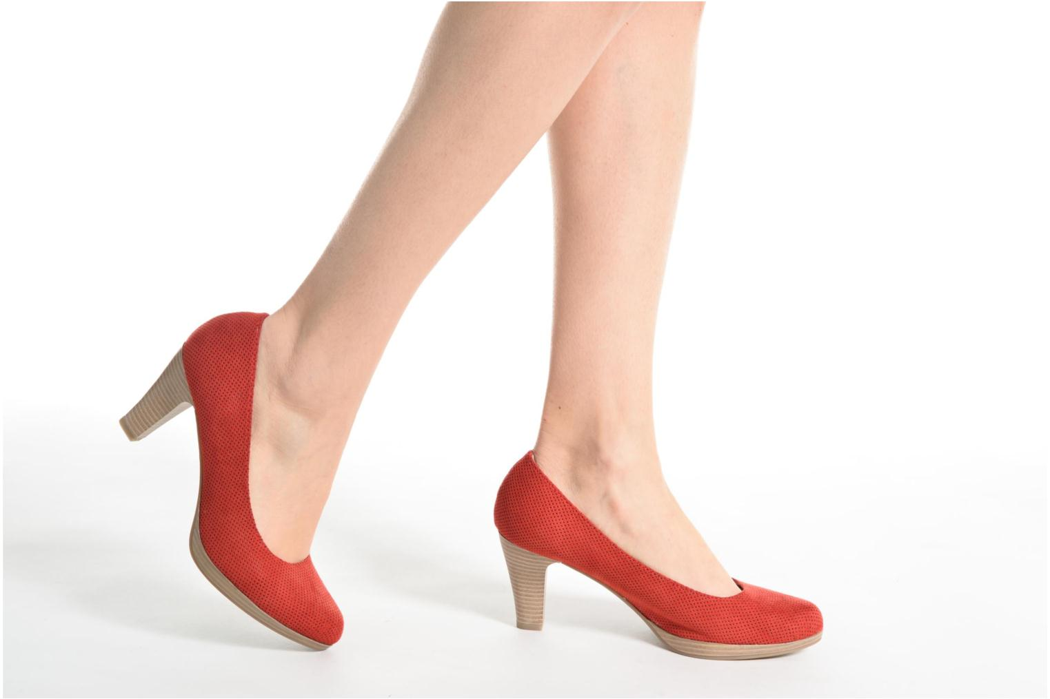 High heels Marco Tozzi Lolly Red view from underneath / model view