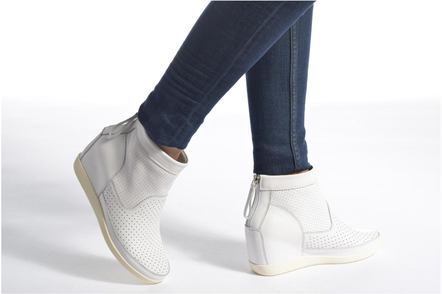 Ankle boots Shoe the bear Emmy White view from underneath / model view