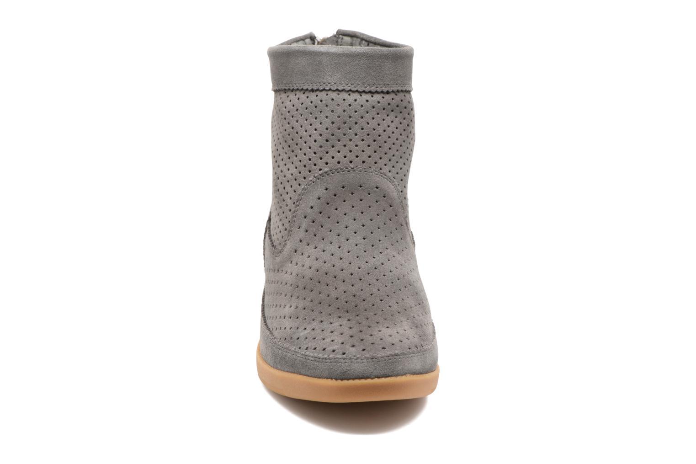 Stiefeletten & Boots Shoe the bear Emmy grau schuhe getragen
