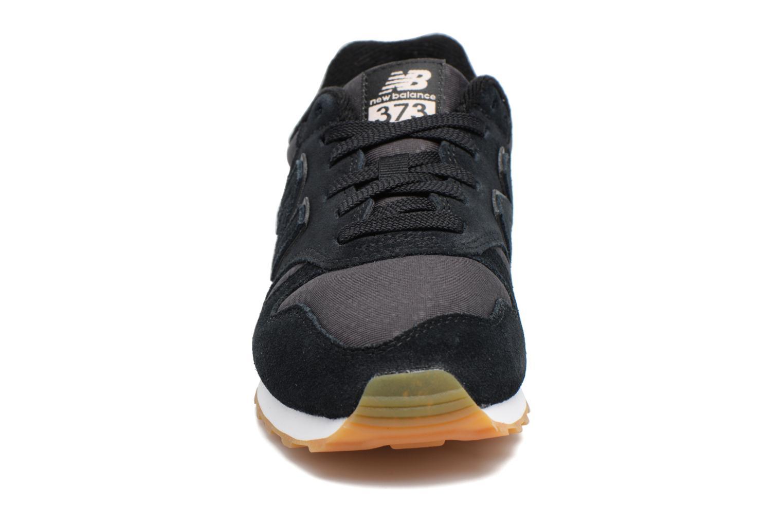 Sneaker New Balance WL373 schwarz schuhe getragen