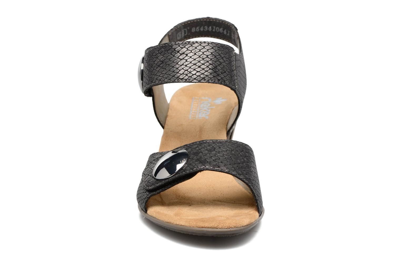 Sandales et nu-pieds Rieker Boby 67369 Noir vue portées chaussures