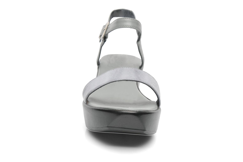 Sandalen Elizabeth Stuart Villa 671 grau schuhe getragen