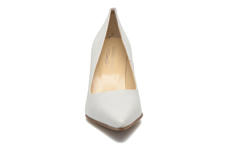 Zapatos de tacón Elizabeth Stuart Leston 304 Beige vista del modelo