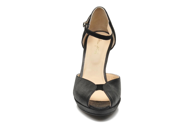 Zapatos de tacón Mellow Yellow Simane Negro vista del modelo