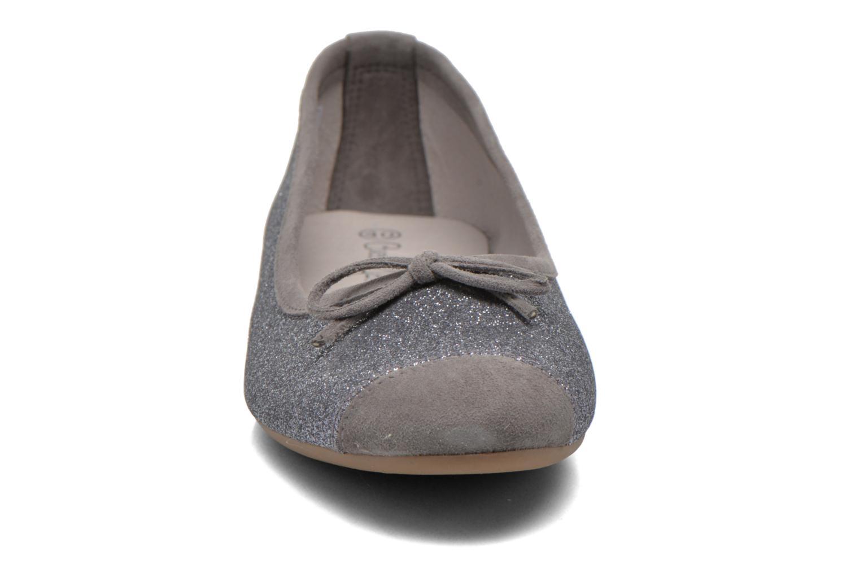 Ballerines Coco et abricot Baptiste Argent vue portées chaussures