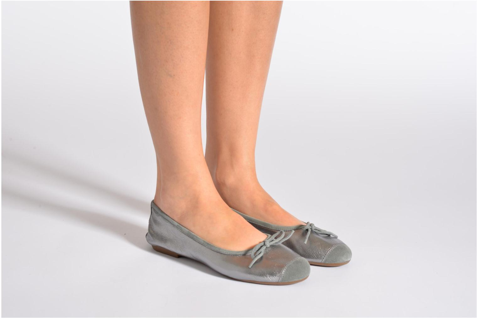 Ballet pumps Coco et abricot Belline Silver view from underneath / model view