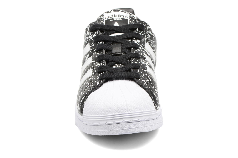 Sneakers Adidas Originals Superstar W Sort se skoene på