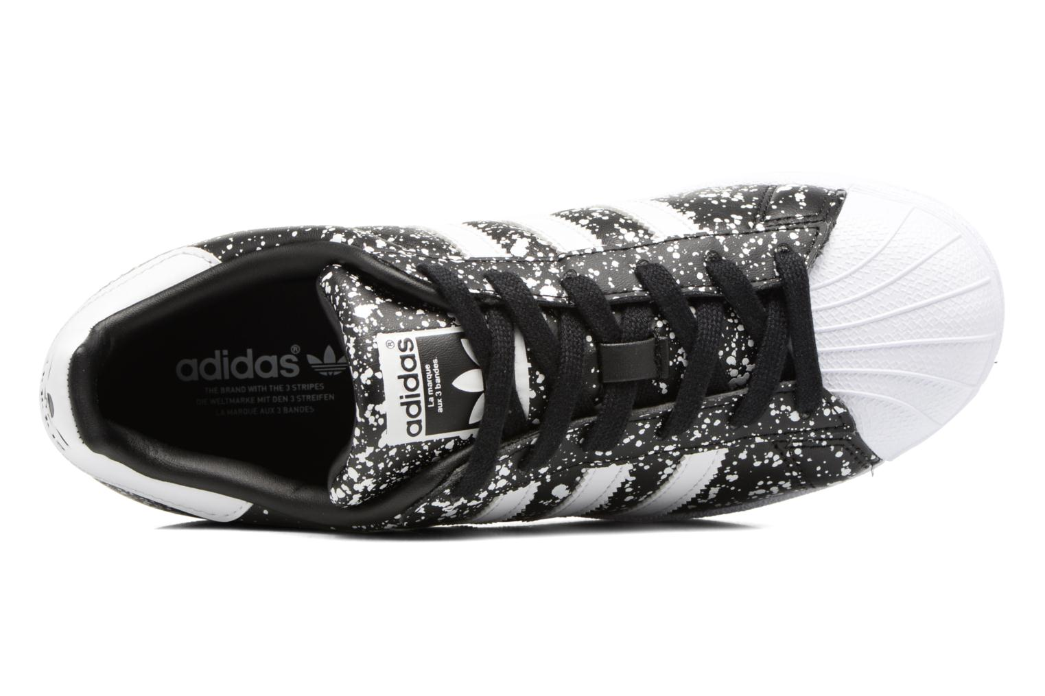 Trainers Adidas Originals Superstar W Black view from the left