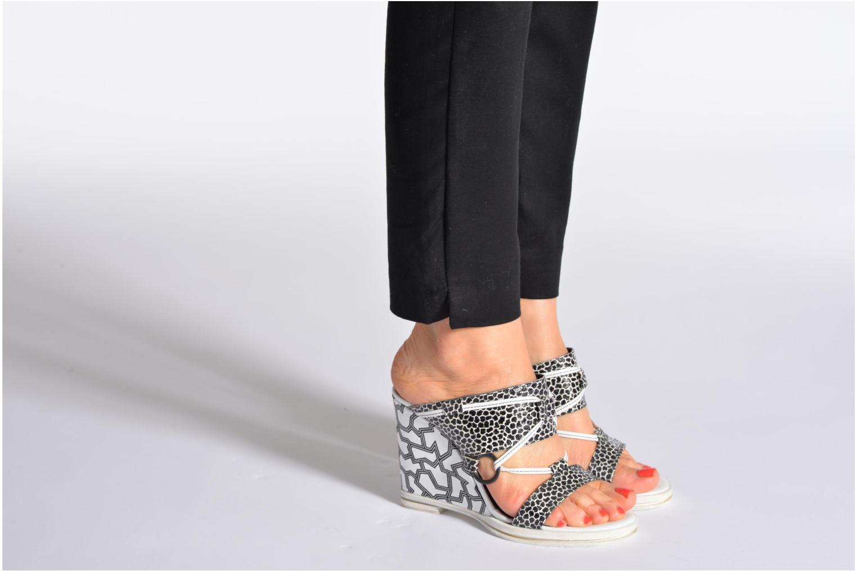 Clogs & Pantoletten Opening Ceremony Mae ankle strap wedge rosa ansicht von unten / tasche getragen